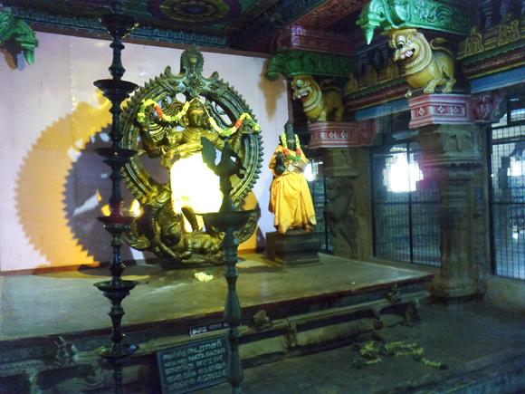 Nataraja with his consort, Meenakshi Amman Temple