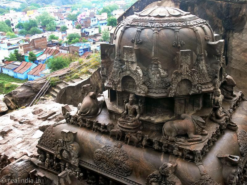 Vettuvan Koil (Sculptor's Paradise)